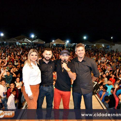 Prefeito abre Feira  Agropecuária e multidão prestigia  III Ovinocaprishow em Jacobina do Piauí
