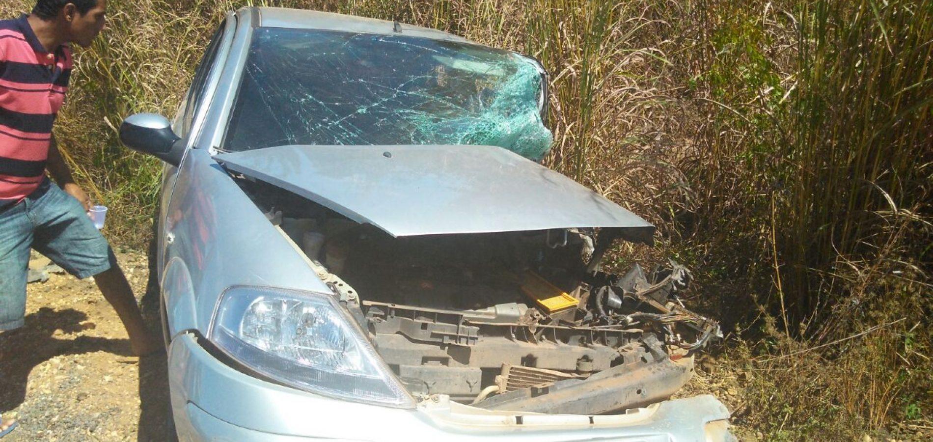Veículos ficam parcialmente destruídos após colisão na BR 316