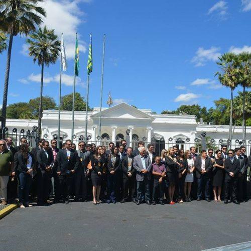 Delegados entregam cargos em protesto e 99 cidades do Piauí são atingidas