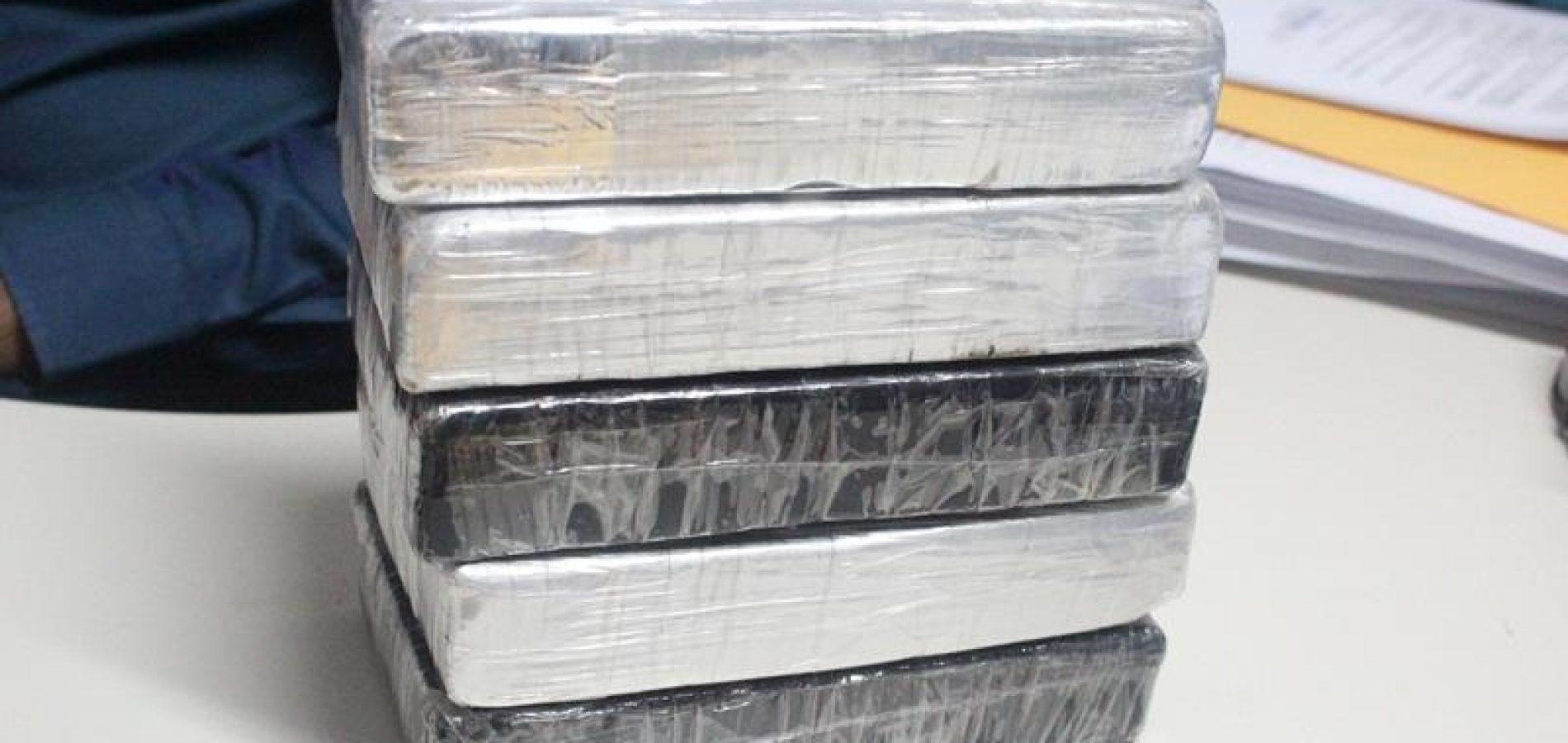 Polícia apreende cocaína avaliada em R$ 450 mil na rodoviária de Picos