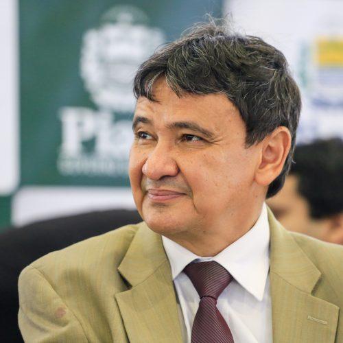 Juiz manda suspender postagens de W.Dias no Instagram e Facebook
