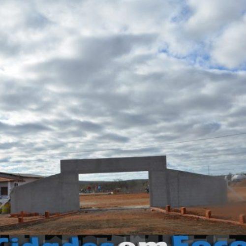 JACOBINA | Prefeitura prepara espaço e infraestrutura do local da Feira Agropecuária