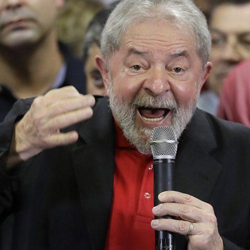 Defesa pede a Moro para Lula depor em pessoa