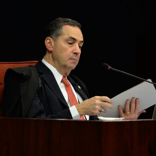 Ministro Roberto Barroso concede liminar e suspende lei piauiense