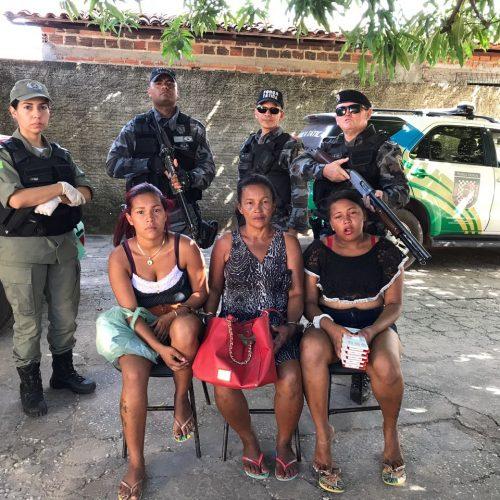 Mulheres são presas acusadas de realizarem assaltos no interior do Estado