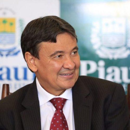 Governo inaugura estradas e viaduto em Picos