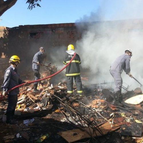 Fogo em entulho lidera ocorrências do Corpo de Bombeiros em Picos