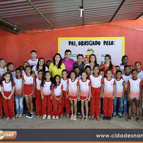 Em Padre Marcos, 1.380 alunos voltam às aulas e recebem novo fardamento escolar