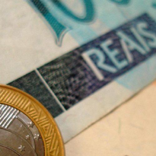 Governo vai liberar saque de contas do PIS/Pasep para idosos, pagamento será em outubro