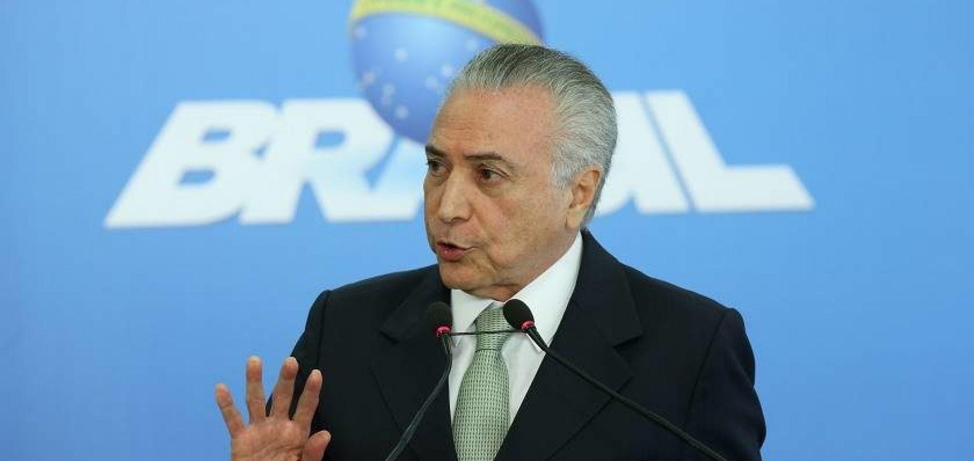 Ministro leva mensagem de Temer a Bolsonaro