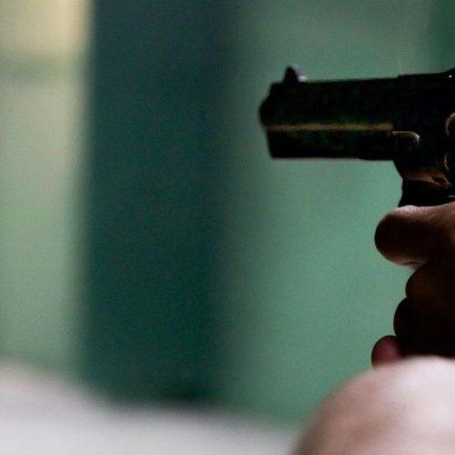 Bando armado realiza assalto a residência em Monsenhor Hipólito