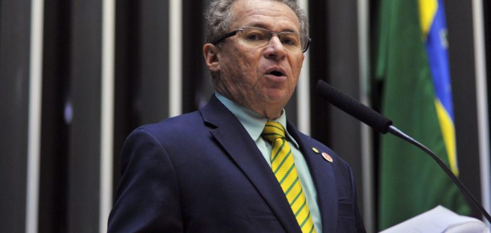 Picos, Geminiano, Inhuma e outros 25 municípios do Piauí recebem recursos de emenda do deputado Assis Carvalho