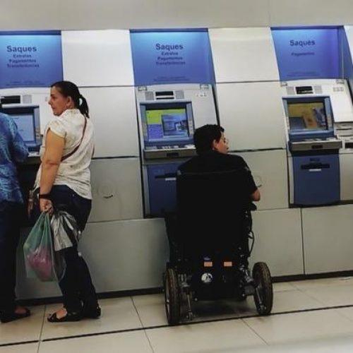 Dia do Bancário é comemorado nesta segunda (28) e agências fecharão