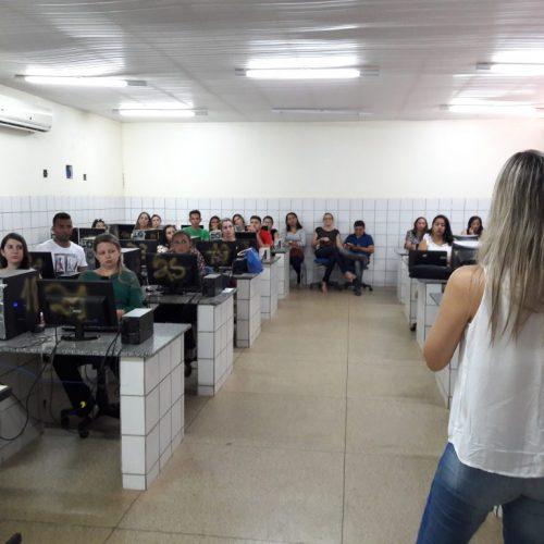 Profissionais de 70 municípios passam por capacitação do novo sistema de marcação de exames
