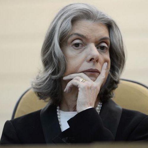 Cármen Lúcia deve assumir Presidência na sexta-feira após viagem de Temer