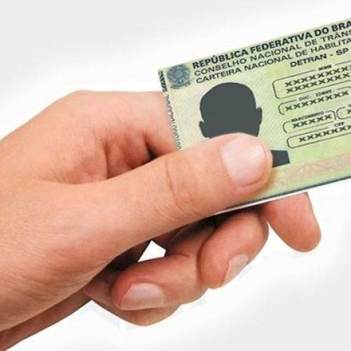 Senado aprova lei que cancela CNH após 30 dias de vencimento