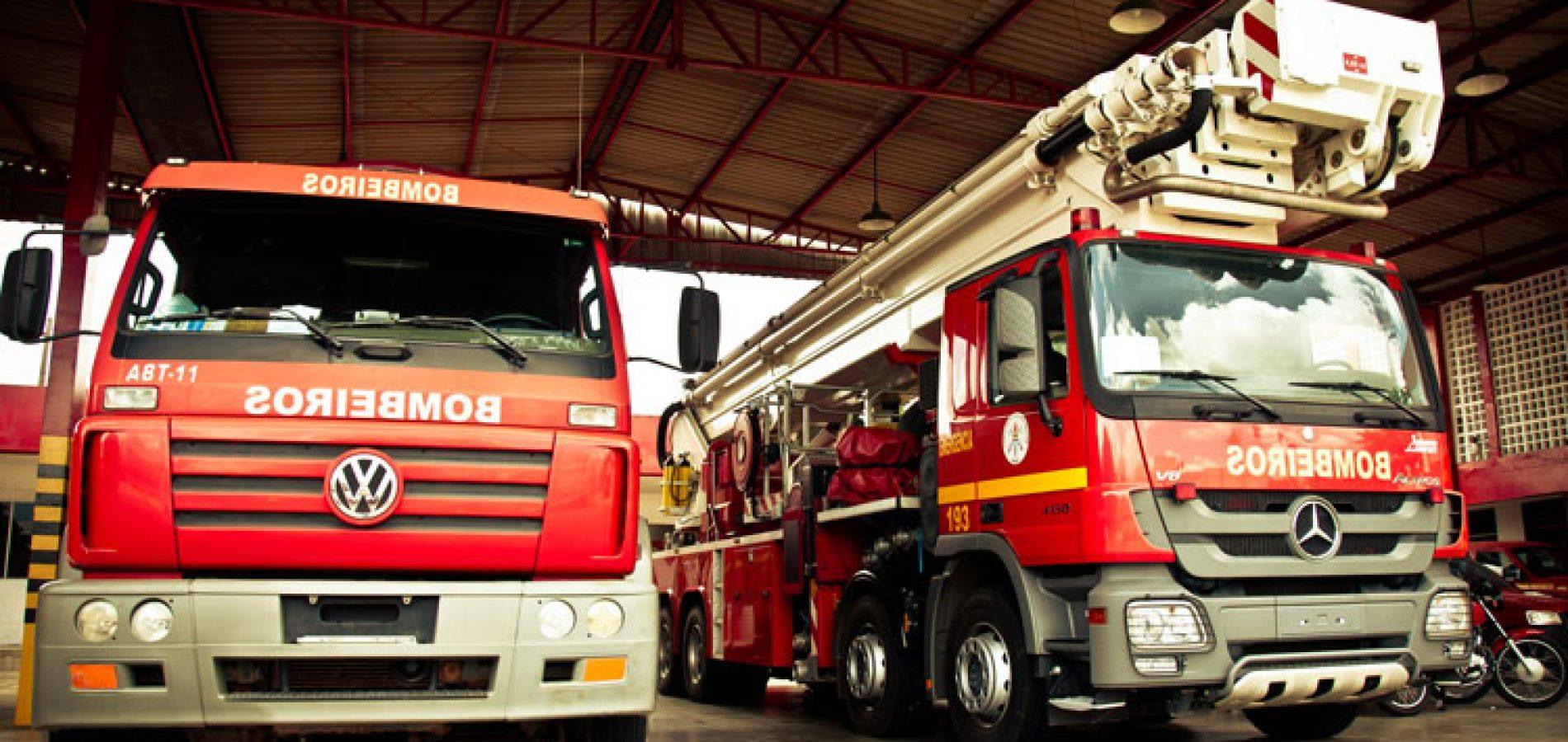 Carro pega fogo e tem perda total após sair de oficina no Piauí