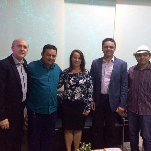 Prefeito de Caridade do Piauí participa do 'Diálogo Municipalista' na APPM