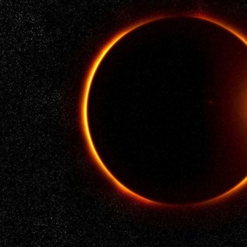 """Madrugada de segunda trará """"supereclipse lunar"""""""
