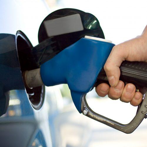 Gasolina sobe mais uma vez; alta acumulada é de 13% em um mês