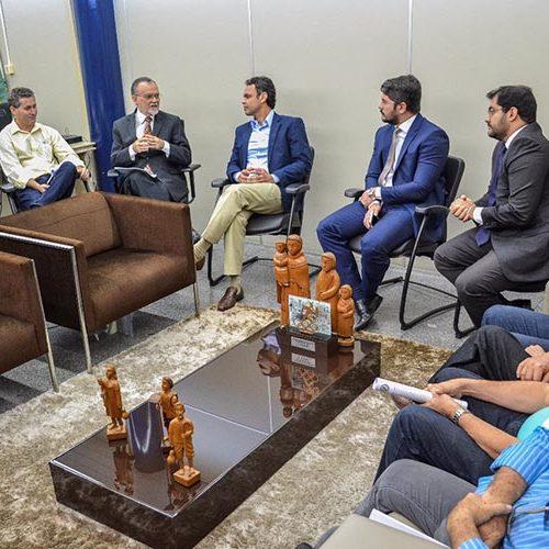 Impasse: prefeitos têm em caixa R$ 400 milhões, mas não podem gastar