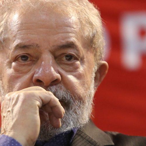 Com 53% das intenções de voto, Lula ganha em todos cenários para 2018