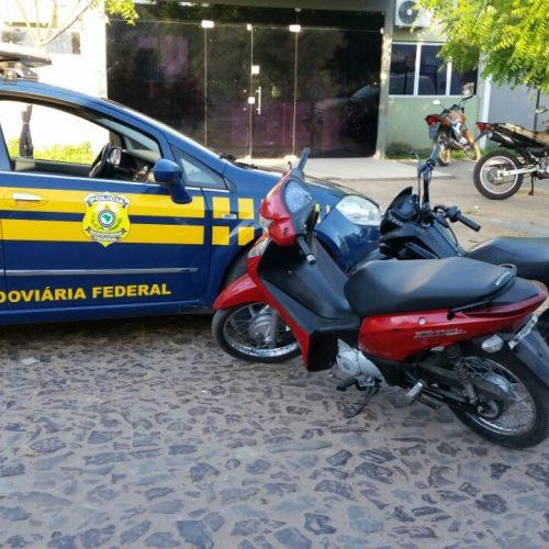 PRF apreende motos com restrição de roubo no Piauí