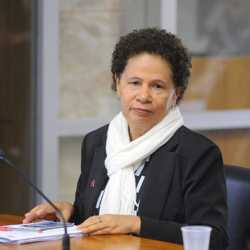 Regina Sousa segue percorrendo o Piauí