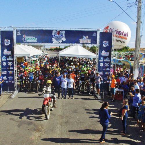 Prefeitura promove o I Desafio do Galo e ciclistas de Jaicós se destacam; veja fotos