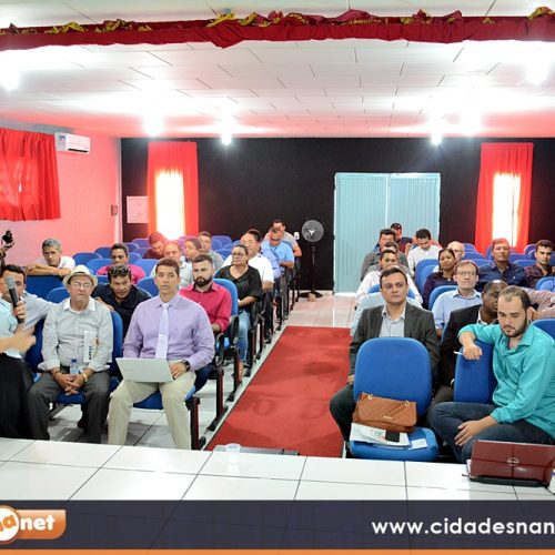Associação Municipalista realiza encontro com prefeitos em Jaicós e discute captação de recursos
