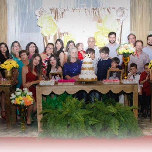 GENTE EM EVIDÊNCIA | Maria de Lourdes Morais comemora 80 anos com familiares