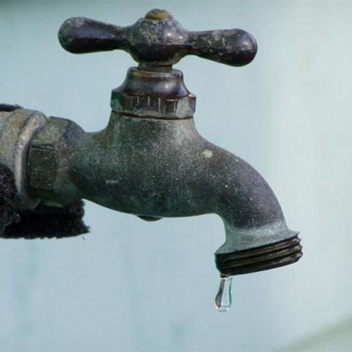 Cidade do Piauí passa por falta de água há duas semanas