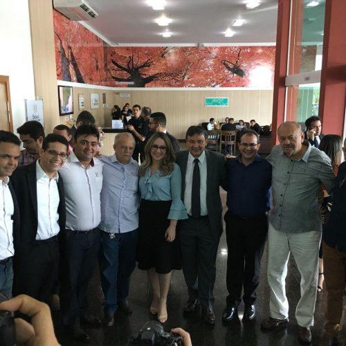 Em audiência com a deputada Rejane Dias, prefeito Márcio Alencar busca melhorias para a saúde de Alegrete do Piauí