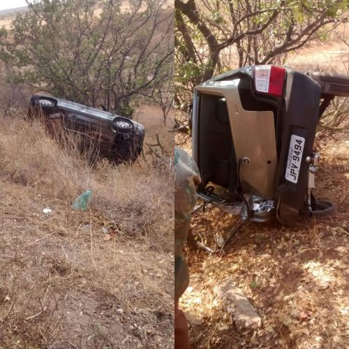 Dois veículos se envolvem em acidente na BR-407, em Patos do Piauí