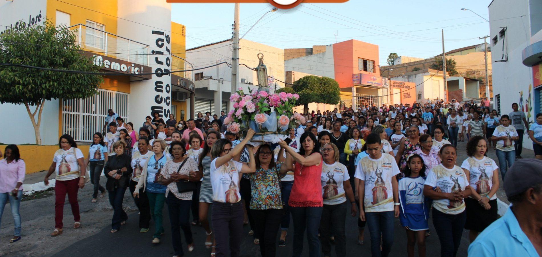 Caminhada com Maria abre 294° festa de Nossa Senhora das Mercês em Jaicós