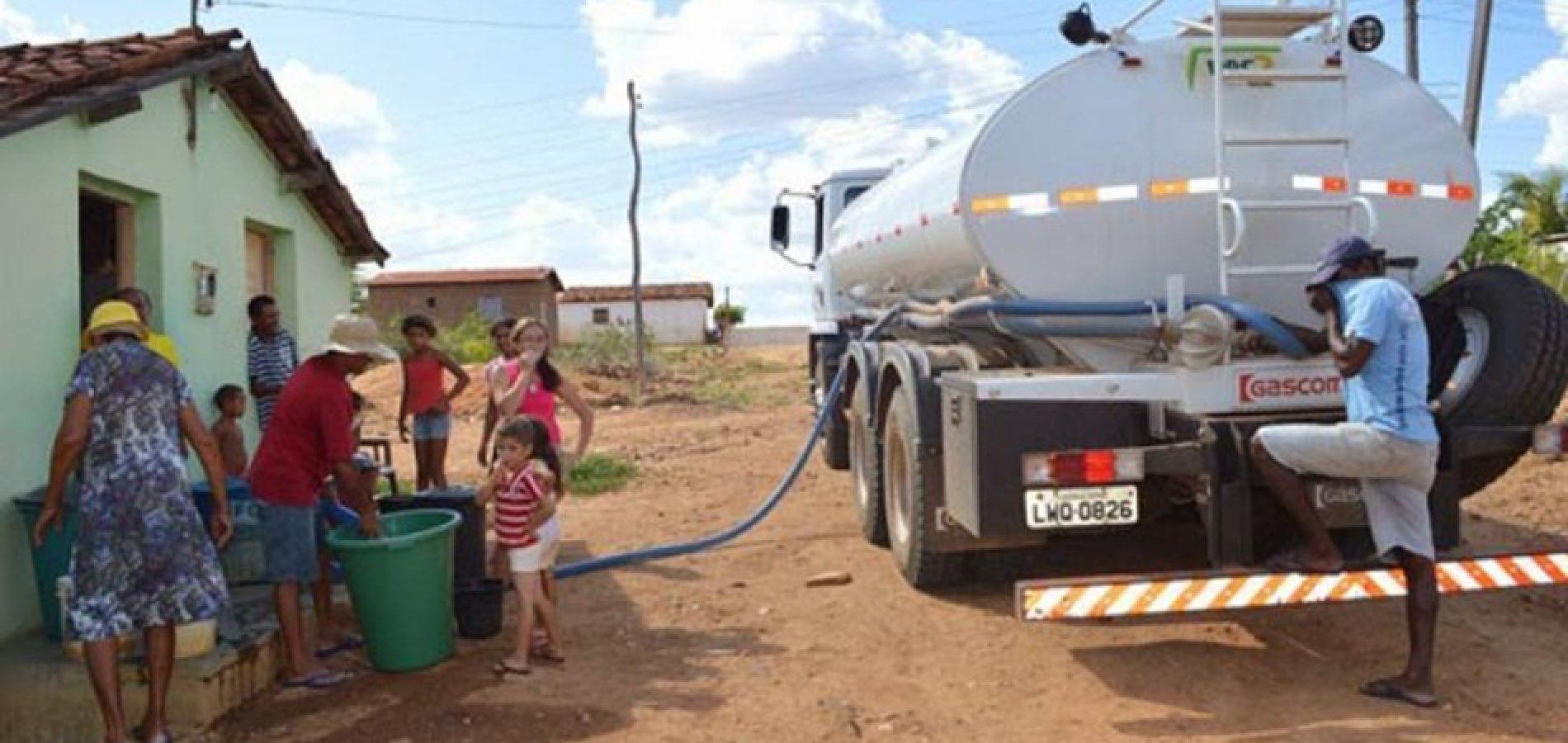 Cerca de 700 pessoas são atendidas pela Operação Carro Pipa em Picos