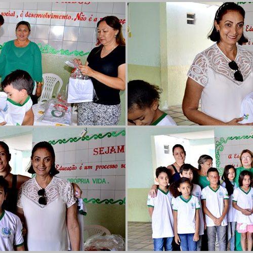FRONTEIRAS |   Prefeita Maria José visita escolas municipais e faz entrega de fardamento escolar