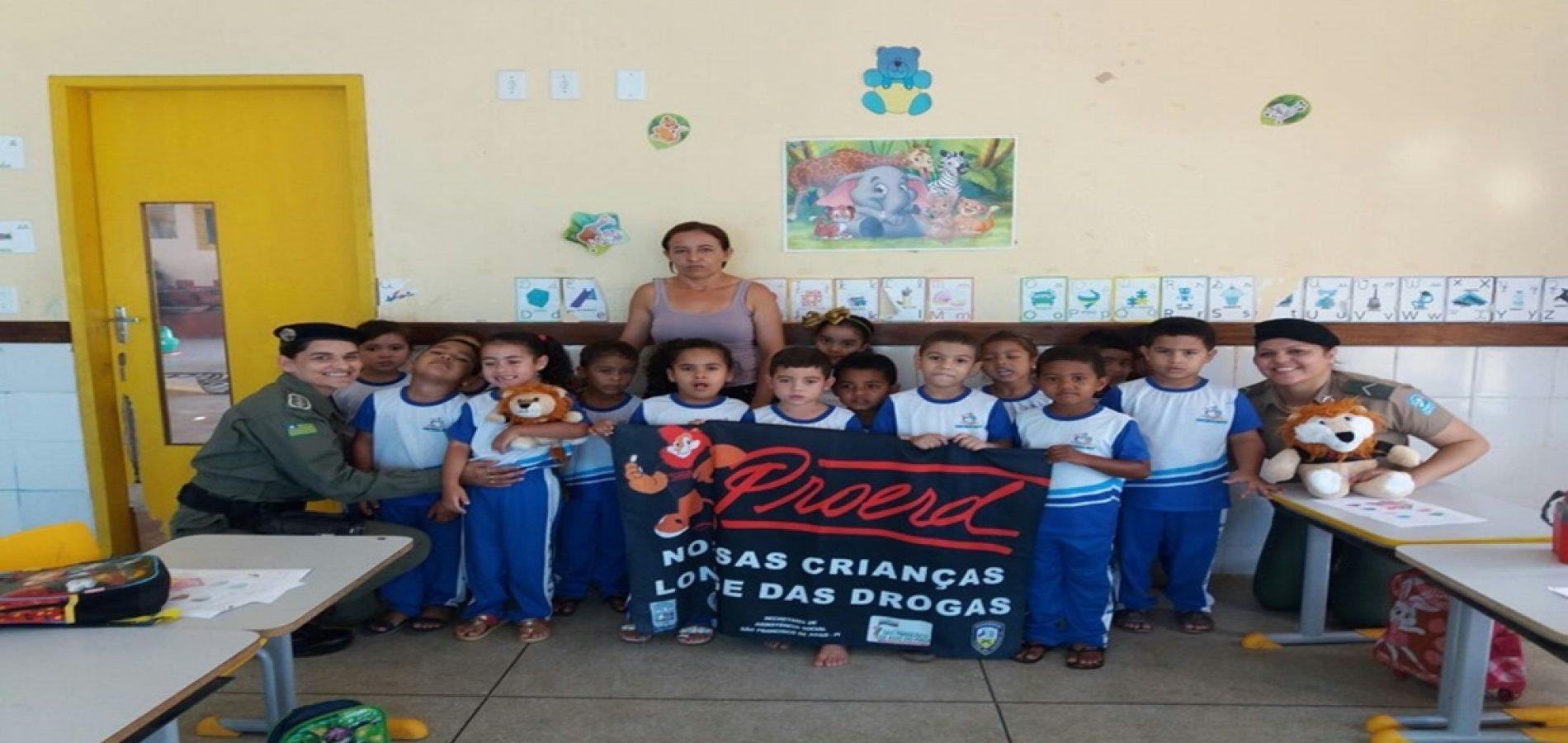 Programa de combate às drogas e a violência tem início nas escolas de Caridade do Piauí