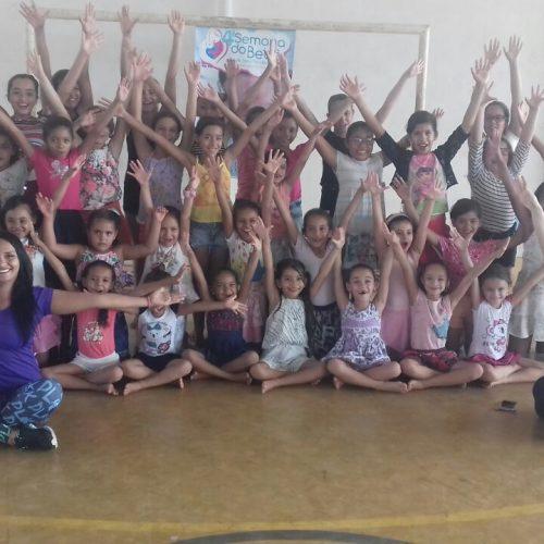 VERA MENDES | No terceiro dia da Semana do Bebê, crianças recebem aula de Ballet