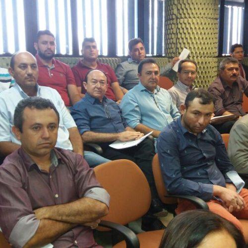 Vice-prefeito participa de reunião do TRE-PI para discutir recadastramento biométrico dos eleitores de Vila Nova