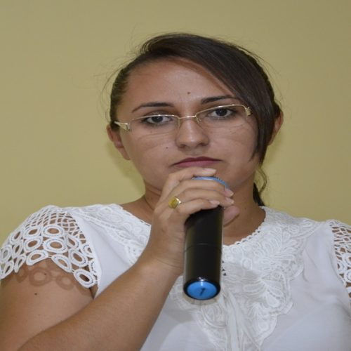 Vereadora cobra da Agespisa melhorias na qualidade da água fornecida para Belém do Piauí