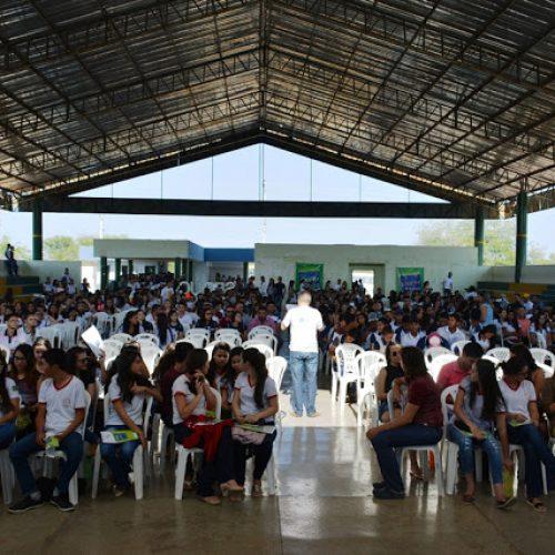 Alunos de Vila Nova do Piauí participam de revisão Pré-Enem da Seduc em Fronteiras