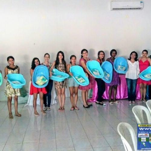 Secretaria de Assistência Social de Simões entrega kits de enxoval para 30 gestantes