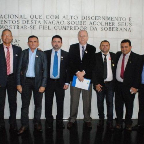Prefeitos são recebidos por Rodrigo Maia em Brasília e cobram respostas sobre repasses do AFM