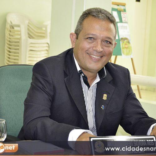 Vereador Robim cobra operação do carro compactador de lixo em Jaicós