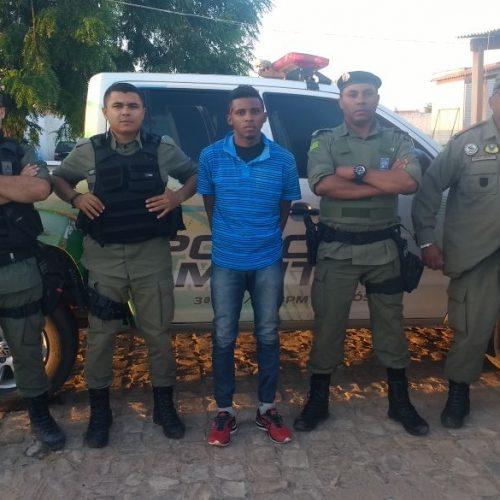 Polícia Militar de Jaicós prende suspeito de praticar estupro no povoado  Esquisito