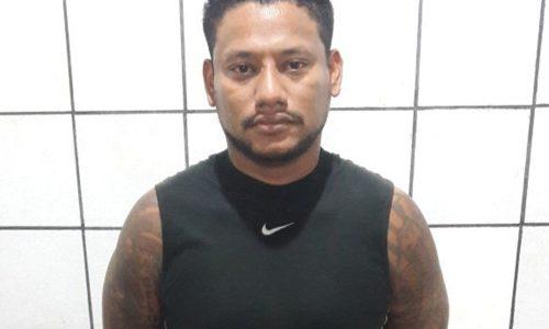 Homicida do RJ é preso pela Polícia Civil com escopeta e drogas