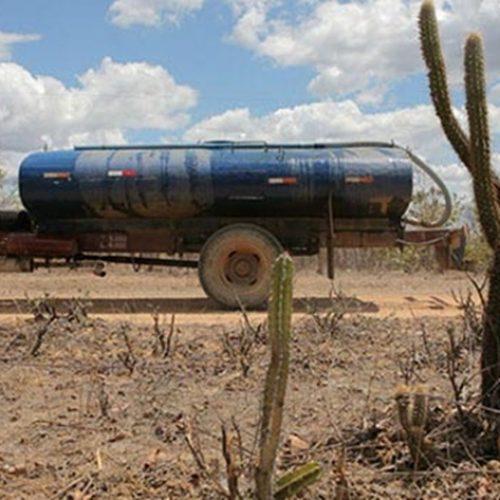 Politicagem e fraudes barram distribuição de água por carro-pipa no PI; Exército apura