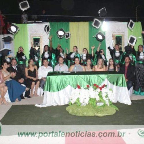 Instituto Kairós forma 1ª Turma de Técnicos em Enfermagem de Alagoinha do Piauí