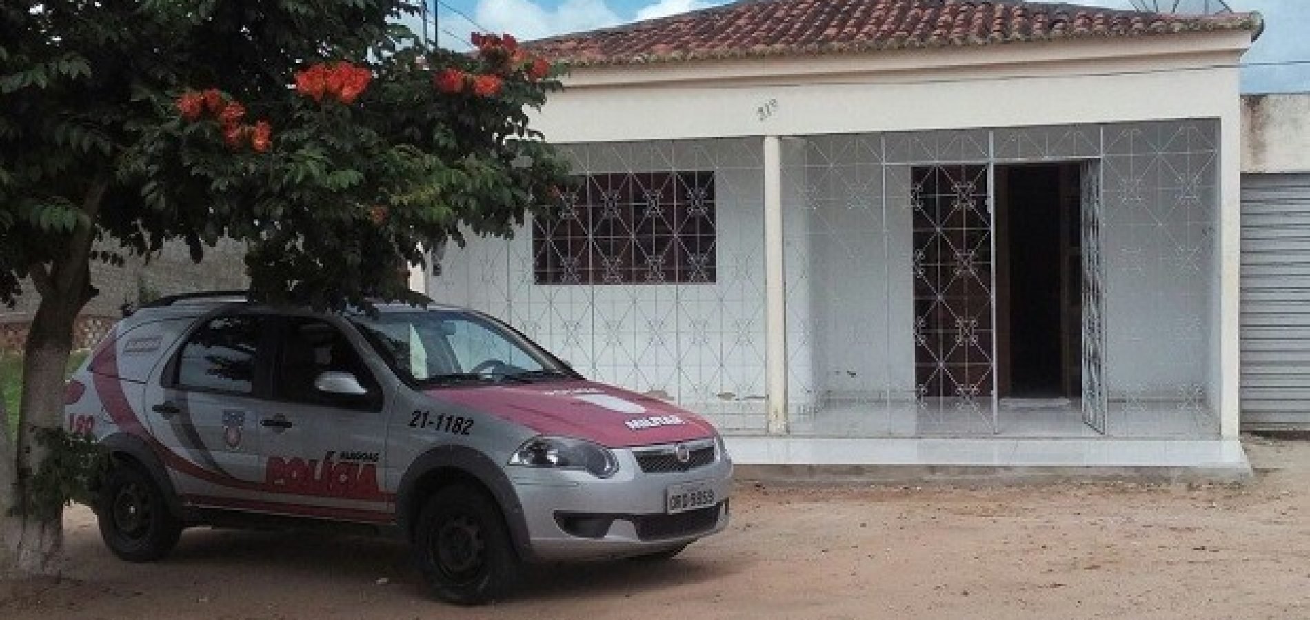 Motocicleta é roubada em plena luz do dia em Campo Grande do Piauí